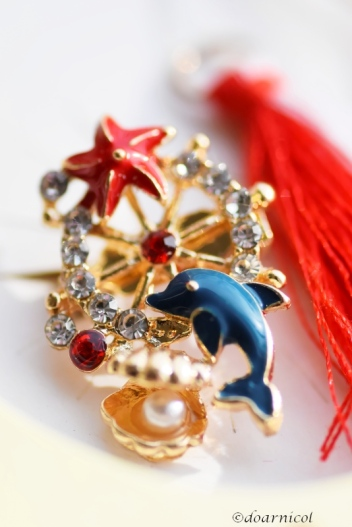 cute dolphin, sea star and pearl